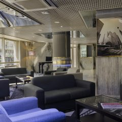 Отель HF Fénix Porto гостиничный бар