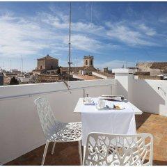 Отель Cheap & Chic Hotel Испания, Сьюдадела - отзывы, цены и фото номеров - забронировать отель Cheap & Chic Hotel онлайн балкон