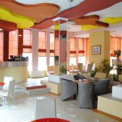 Отель Theranda Албания, Тирана - отзывы, цены и фото номеров - забронировать отель Theranda онлайн гостиничный бар