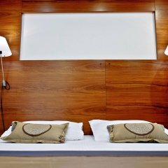 Jupiter Luxury Hotel сейф в номере
