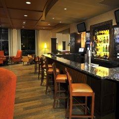 Отель Sheraton Toronto Airport Hotel & Conference Centre Канада, Торонто - отзывы, цены и фото номеров - забронировать отель Sheraton Toronto Airport Hotel & Conference Centre онлайн гостиничный бар