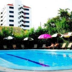 Отель Bangkok Rama Бангкок бассейн