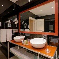 Отель Radisson Blu Hotel Португалия, Лиссабон - 10 отзывов об отеле, цены и фото номеров - забронировать отель Radisson Blu Hotel онлайн ванная