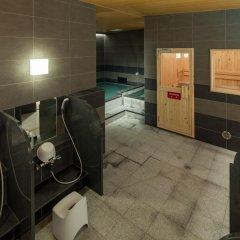Отель Y's Cabin Yokohama Kannai сауна