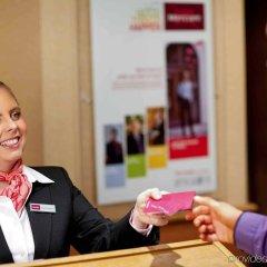 Отель Mercure Brighton Seafront Hotel Великобритания, Брайтон - отзывы, цены и фото номеров - забронировать отель Mercure Brighton Seafront Hotel онлайн удобства в номере фото 2