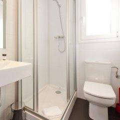 Отель Dailyflats Gracia Испания, Барселона - отзывы, цены и фото номеров - забронировать отель Dailyflats Gracia онлайн ванная фото 2