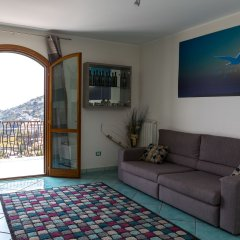 Отель Colpo d'Ali Holiday House Италия, Равелло - отзывы, цены и фото номеров - забронировать отель Colpo d'Ali Holiday House онлайн комната для гостей фото 4