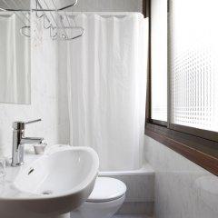 Отель Hostal Hispano ванная фото 2