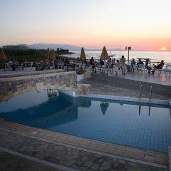 Dedalos Beach Hotel бассейн фото 2