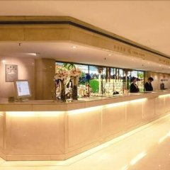 Отель Jianguo Hotel Shanghai Китай, Шанхай - отзывы, цены и фото номеров - забронировать отель Jianguo Hotel Shanghai онлайн гостиничный бар