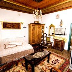 Sofa Hotel Аванос комната для гостей