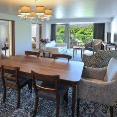 Vineyard Hotel в номере