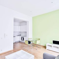 Отель Louise Uptown Apartments Бельгия, Брюссель - отзывы, цены и фото номеров - забронировать отель Louise Uptown Apartments онлайн комната для гостей фото 3