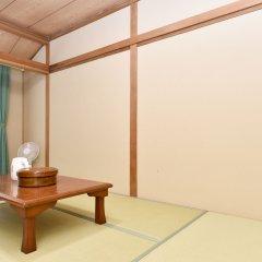 Отель Yamanakako Ryokan RYOZAN Яманакако комната для гостей
