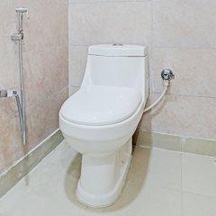 OYO 24615 Hotel Shivam Palace ванная фото 2