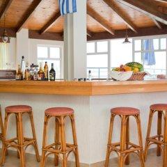 Dedalos Beach Hotel гостиничный бар