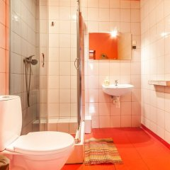 Отель Good Bye Lenin Hostel Польша, Краков - отзывы, цены и фото номеров - забронировать отель Good Bye Lenin Hostel онлайн ванная фото 2