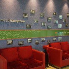 Отель Hampton by Hilton Luton Airport интерьер отеля фото 3