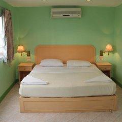 Отель Richman Poorman Guesthouse комната для гостей фото 4