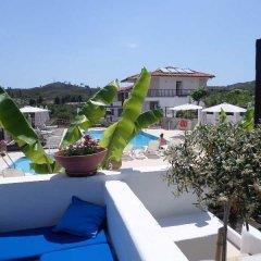 Отель Ampelia Hotel Греция, Ханиотис - отзывы, цены и фото номеров - забронировать отель Ampelia Hotel онлайн бассейн фото 2