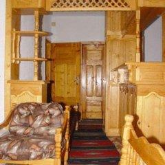 Отель Damianka Guest House Банско комната для гостей