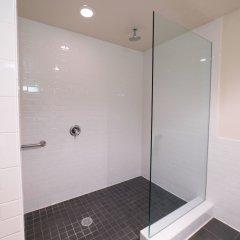 Отель Lemon Tree Inn ванная