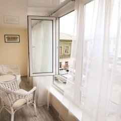 Гостиница Цветы в Перми - забронировать гостиницу Цветы, цены и фото номеров Пермь балкон