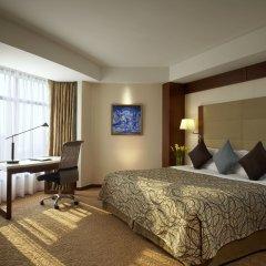 Отель Shangri-la Hotel, Shenzhen Китай, Шэньчжэнь - отзывы, цены и фото номеров - забронировать отель Shangri-la Hotel, Shenzhen онлайн комната для гостей фото 2