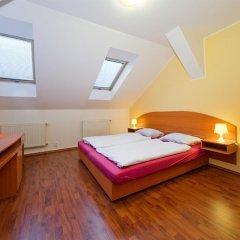 Отель Amandment Чехия, Прага - 1 отзыв об отеле, цены и фото номеров - забронировать отель Amandment онлайн комната для гостей фото 2