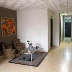 Отель Hostal Julian Brunete Брунете с домашними животными