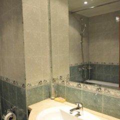 Отель Sokol Hotel Болгария, Сандански - отзывы, цены и фото номеров - забронировать отель Sokol Hotel онлайн ванная