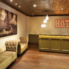 Отель Golden Gate Casino Hotel США, Лас-Вегас - 2 отзыва об отеле, цены и фото номеров - забронировать отель Golden Gate Casino Hotel онлайн интерьер отеля