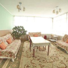 Отель Маданур Кыргызстан, Каракол - отзывы, цены и фото номеров - забронировать отель Маданур онлайн комната для гостей фото 3