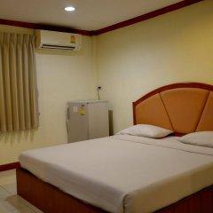 Отель Bangkok Condotel Бангкок комната для гостей фото 3