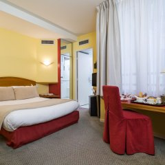 Отель Fertel Maillot Париж удобства в номере