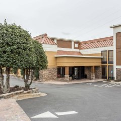 Отель Best Western Gastonia парковка