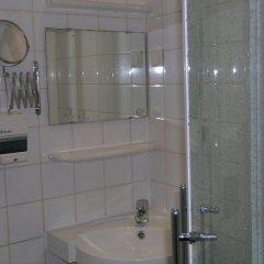 Отель Greenhouse Effect Нидерланды, Амстердам - отзывы, цены и фото номеров - забронировать отель Greenhouse Effect онлайн ванная фото 2