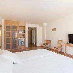 Отель Iberostar Club Cala Barca удобства в номере