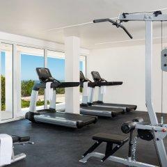 Отель Sailrock Resort- Island Hop Flight Included фитнесс-зал
