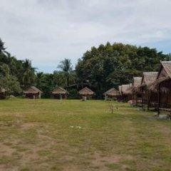 Отель Lanta Local Hut Ланта спортивное сооружение
