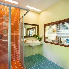 Отель Khaolak Bay Front Resort ванная