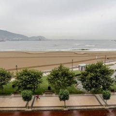 Отель Petit Palace Tamarises пляж фото 2