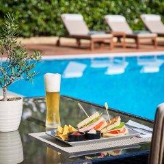 Отель Blazer Suites Hotel Греция, Афины - 1 отзыв об отеле, цены и фото номеров - забронировать отель Blazer Suites Hotel онлайн бассейн