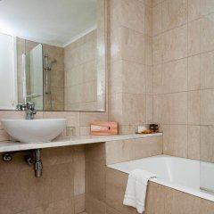 Отель Vrissiana Beach Hotel Кипр, Протарас - 1 отзыв об отеле, цены и фото номеров - забронировать отель Vrissiana Beach Hotel онлайн ванная