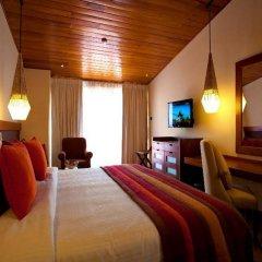 Отель Cinnamon Citadel Kandy сейф в номере