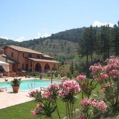 Hotel Ristorante La Fattoria Сполето бассейн фото 2