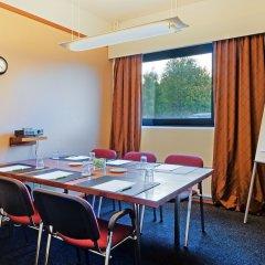 Отель Holiday Inn Helsinki - Vantaa Airport Финляндия, Вантаа - 9 отзывов об отеле, цены и фото номеров - забронировать отель Holiday Inn Helsinki - Vantaa Airport онлайн фото 4