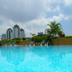 Отель Ramada D'MA Bangkok бассейн фото 2