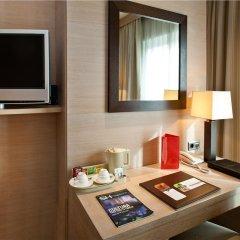 Отель SH Valencia Palace Испания, Валенсия - 1 отзыв об отеле, цены и фото номеров - забронировать отель SH Valencia Palace онлайн удобства в номере фото 2