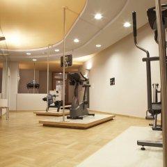 Hotel Baseler Hof фитнесс-зал